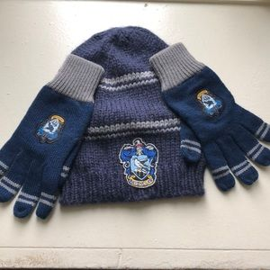 Harry Potter raven claw hat and gloves set